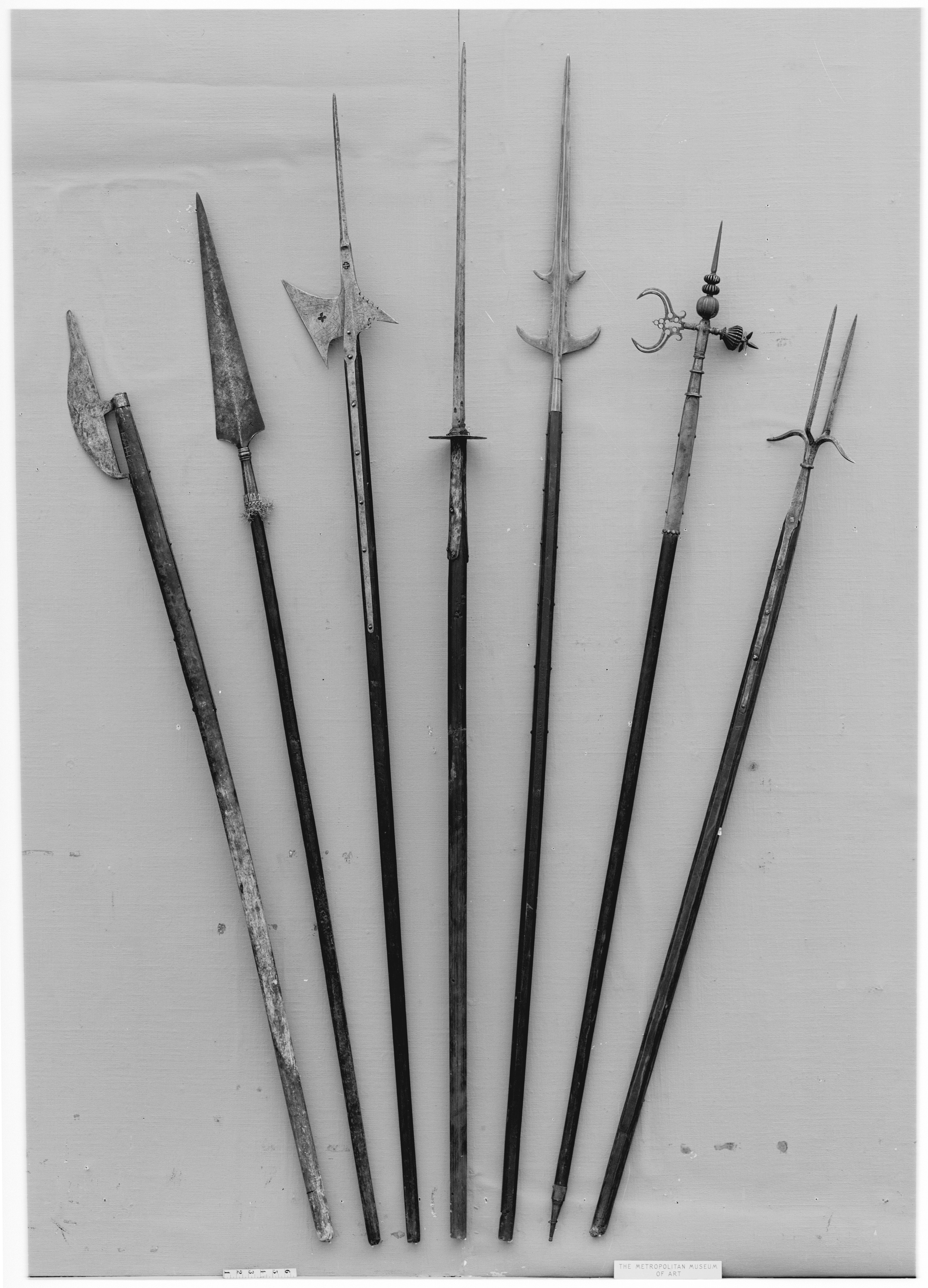 16th century weapons essay example He wrote in his essay on solitariness, altogether ours note 18 of truth and reason than the example and idea of the opinions and customs of the country we live in , having no other weapons than bows or wooden swords.