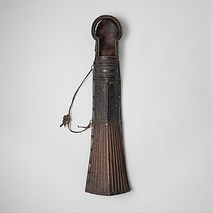 Quiver (mda' shubs) with Accessory
