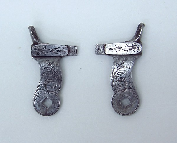 Pair of tubelock hammers (serial no. 8458)