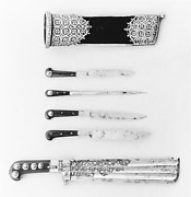 Hunting Knife with a Set of Implements (Trousse)