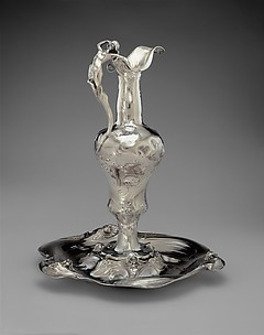 Ewer and Plateau