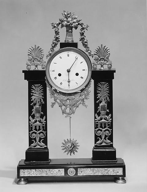 Portico Clock