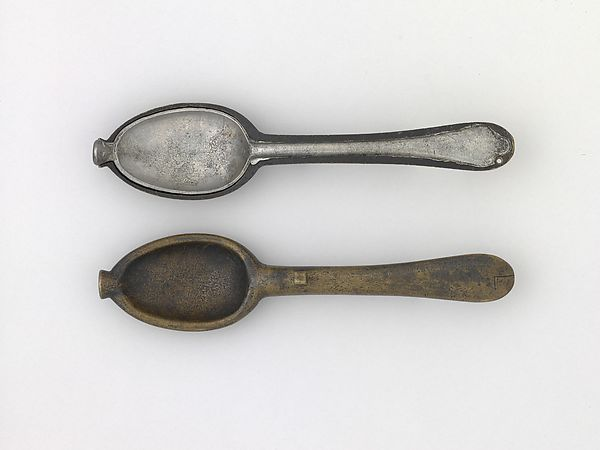 Spoons and Spoon Mold