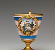 Continental footed porcelain cup, Delaware