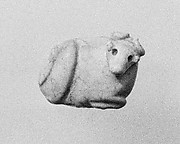 Seal amulet in the form of a reclining cow