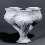 Tripartite vase