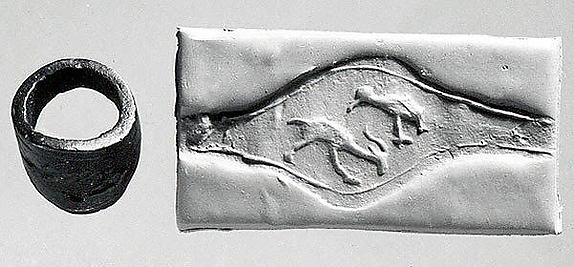 Seal ring: bird above a horned animal