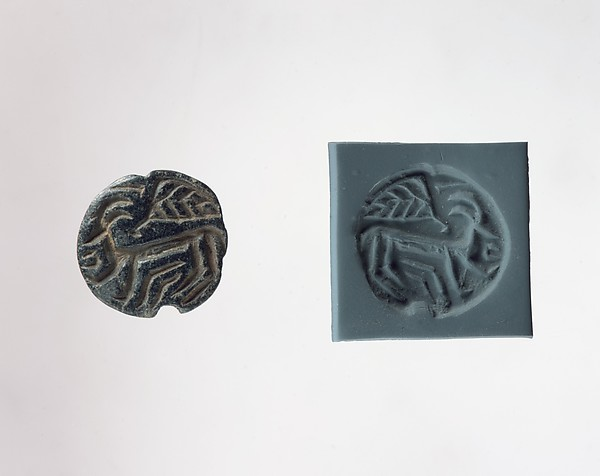 Stamp seal: horned animal and bird