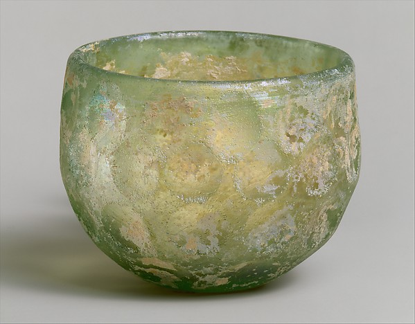 Bowl with wheel-cut facets