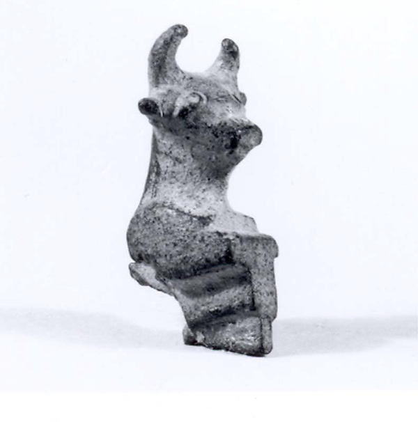 Bull's head protome