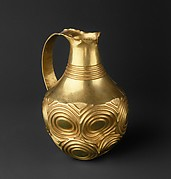 Ewer decorated with concentric circles