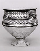Goblet with geometric designs