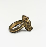 Ring with Chameleon (Yawiige)