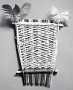 Comb with Feathers