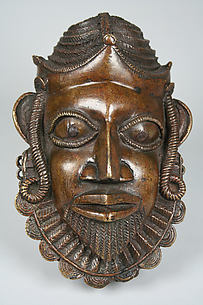 Hip Ornament: Portuguese Face