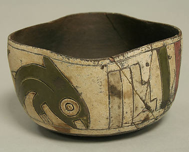 Greyware Bowl with Incised Fish