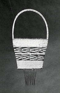 Ornamental Comb