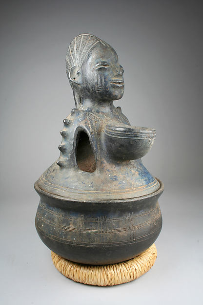 Lidded Vessel: Female Figure (Eyinle)