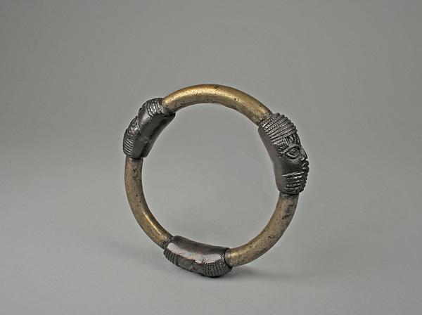 Bracelet: Three Heads
