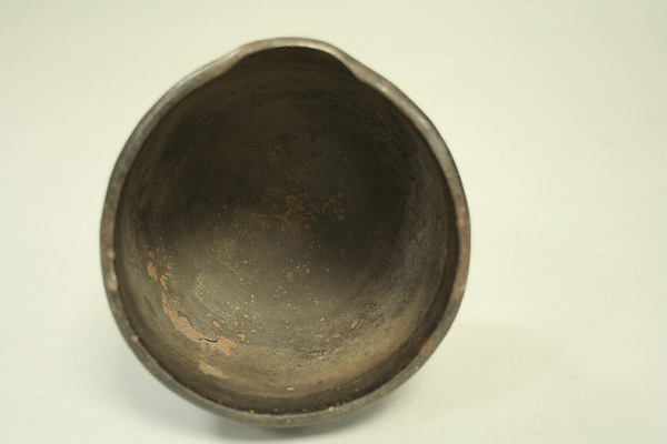 Bowl with Pouring Lip