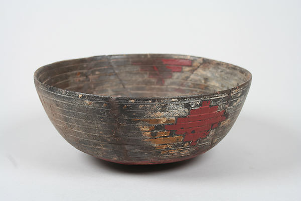 Greyware Bowl with Incised Designs