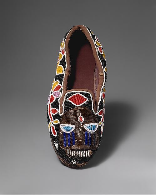 Shoe (Bata ileke)