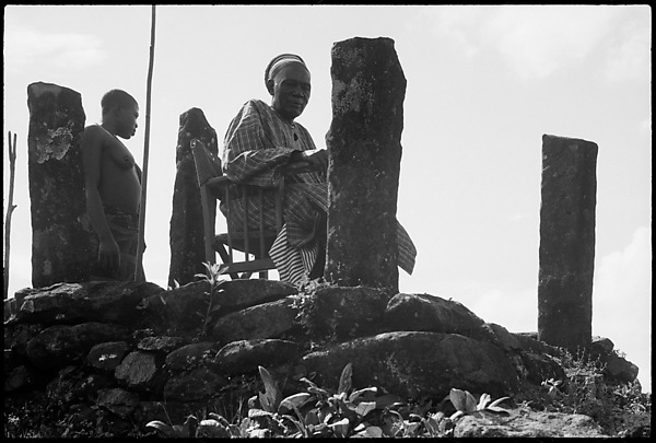Fon Ndi (r. 1926–54) at the sacred basalt stone platform overlooking the Kom hills