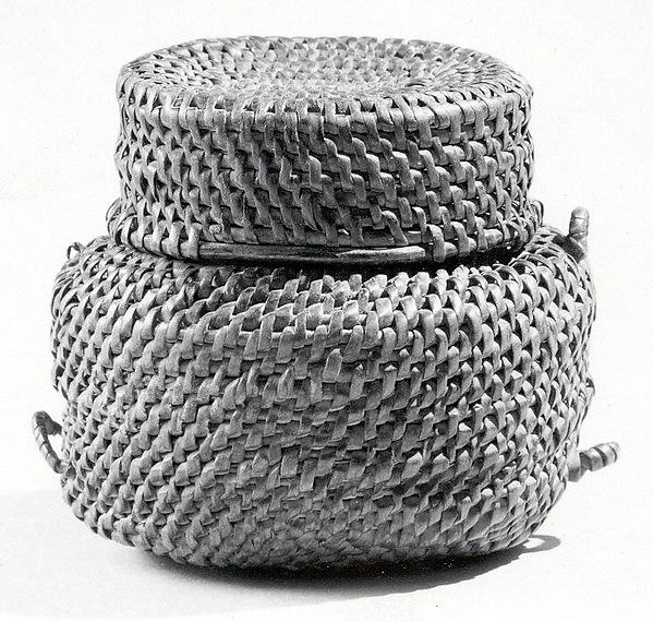 Basket: Lidded