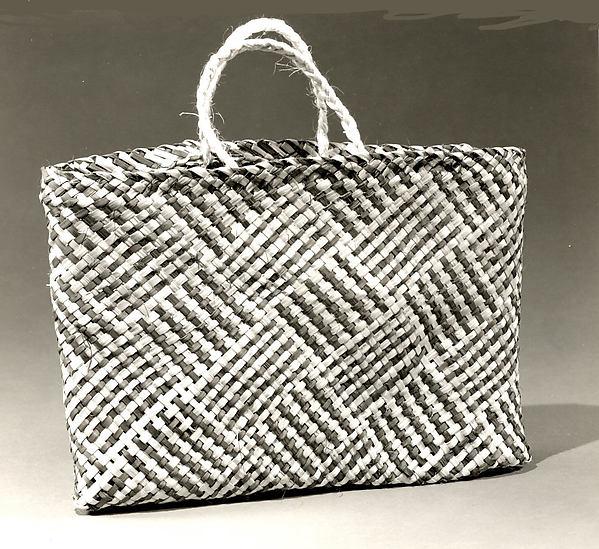 Carrying Basket (Kete Whakairo)