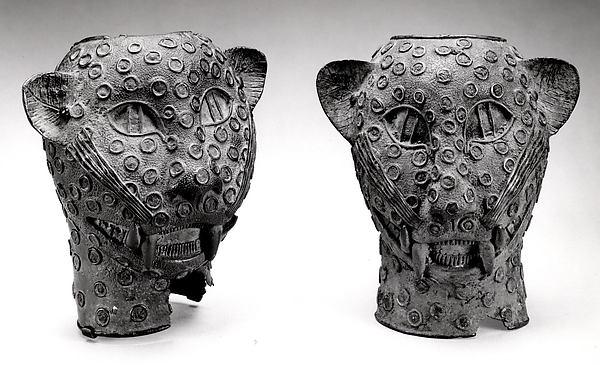 Figure: Leopard Head