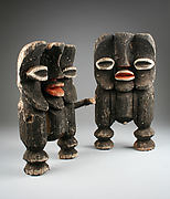 Pair of Male and Female Figures (Kike)