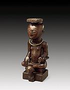 Ndop figure: Mikó miMbúl or Mbop Mábíínc máMbúl