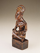 Seated Female Figure with Child (pfemba)