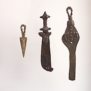Three Gold Weights: Sword, Fly Whisk, Amulet