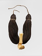 Whale-tooth Necklace (Lei Niho Palaoa)