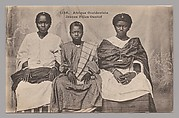 West Africa, young Wolof girls [Afrique Occidentale, Jeunes Filles Ouolof]