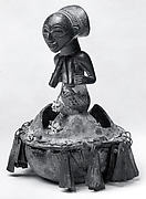 Initiation Gourd: Female Half Figure (Kabwelulu)
