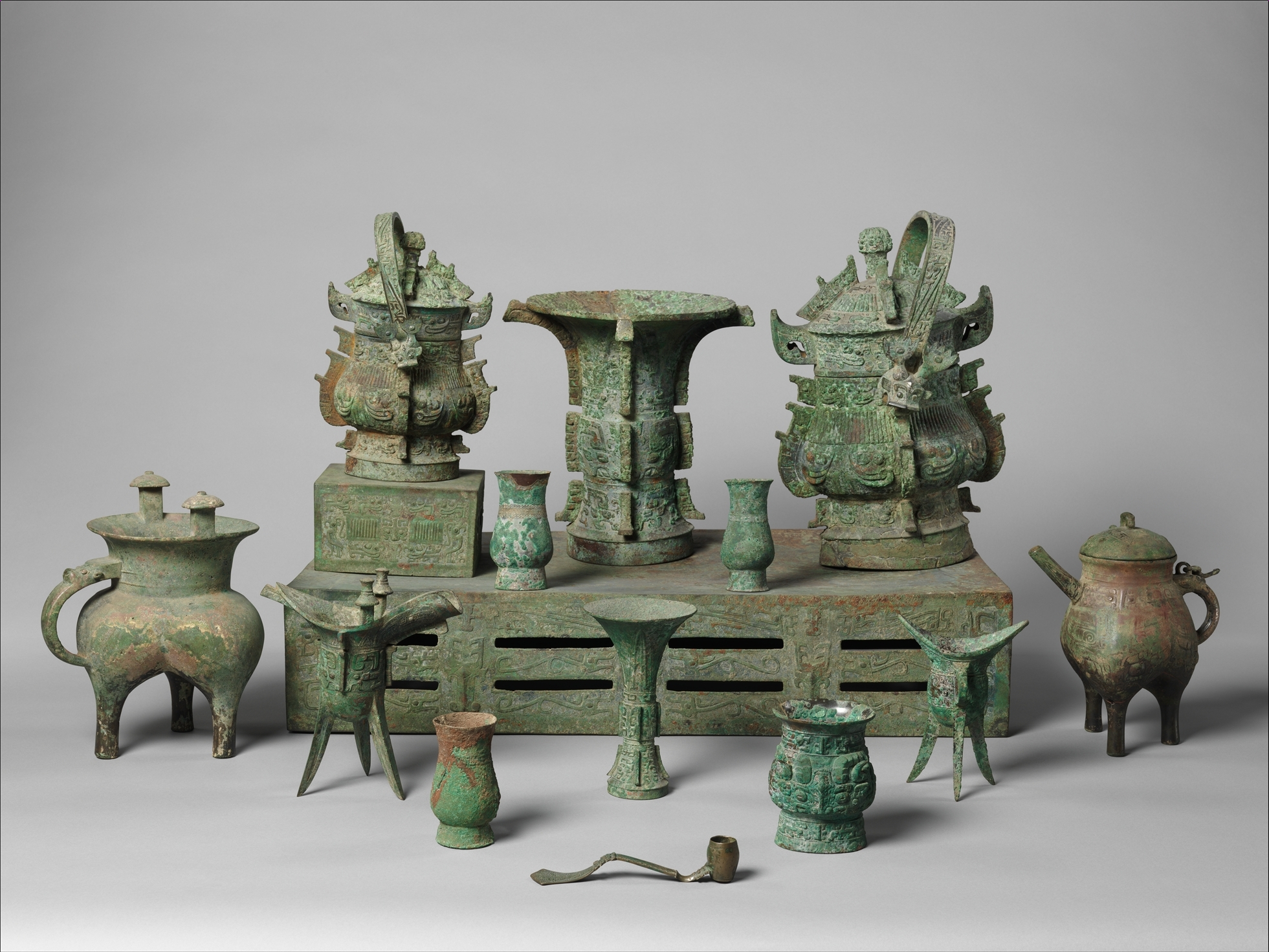 Need a topic for a term paper on asian art history?