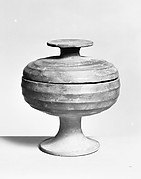 Stemmed Grain Vessel with Cover (Dou)