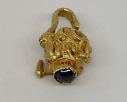 Earring with Puspaka Motif