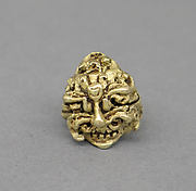 Rod Finial Clip with Foliate Design Creating Demon Mask