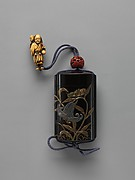Case (Inrō) with Design of Grasshopper on Stalk of Flowering Lily