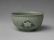Basin with decoration of peonies
