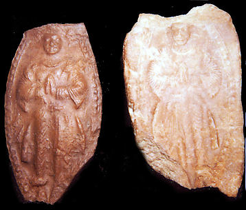 Mold and Impression for an Adorning Figure