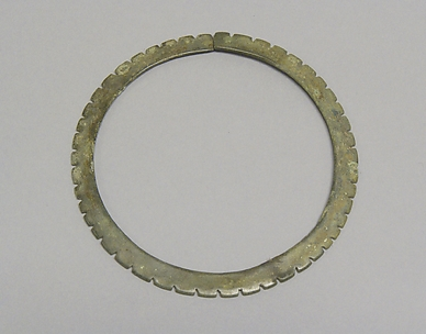 Anklet with Serrated Edge