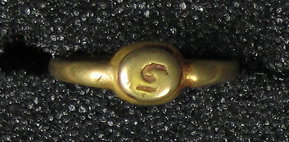 Ring with Notched Circle