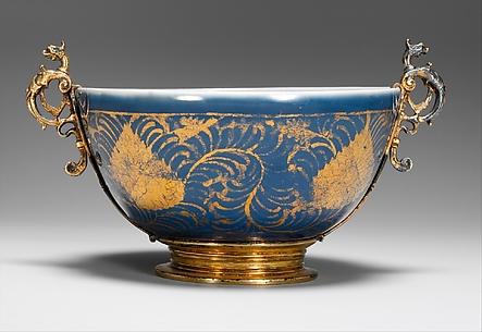 Bowl with Stylized Leaves