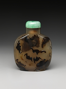 Snuff Bottle with Five Bats