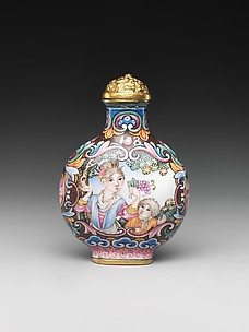 Snuff Bottle with European Woman and Child