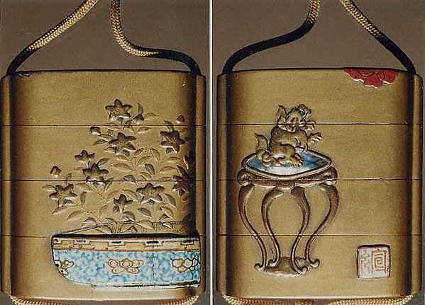 Case (Inrō) with Design of Lion on a Stand Looking at a Butterfly (obverse); Chinese Bellflowers in a Pot (reverse)